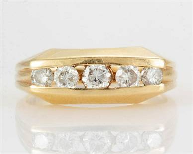 VINTAGE 14K YELLOW GOLD AND DIAMOND MAN'S RING