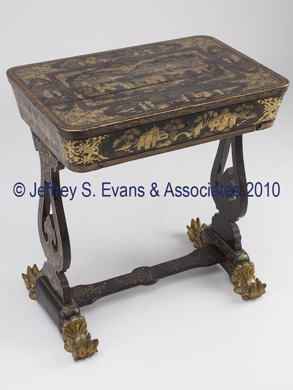 280: CHINESE EXPORT BLACK LACQUER AND GILT LADY'S SEWIN