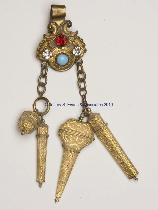 16: GILT-METAL NEEDLEWORKING CHATELAINE