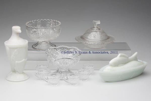 22: VICTORIAN CHILDREN'S GLASS AND OTHER ARTICLES, LOT