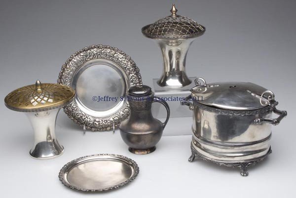 357: VICTORIAN SILVER-PLATED ARTICLES, LOT OF SIX