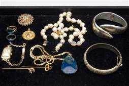 381 ASSORTED LOT OF VINTAGE AND CONTEMPORARY JEWELRY