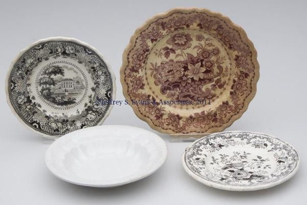 472: STAFFORDSHIRE TRANSFERWARE AND OTHER ARTICLES, LOT