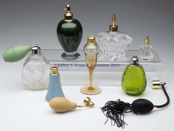 19: VARIOUS FRAGRANCE BOTTLES, LOT OF SEVEN