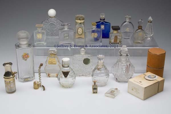 23: FRENCH VINTAGE COMMERCIAL FRAGRANCE BOTTLES, LOT OF