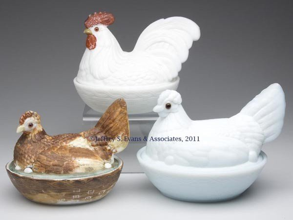 18: VARIOUS HEN AND ROOSTER ON NEST COVERED DISHES, LOT