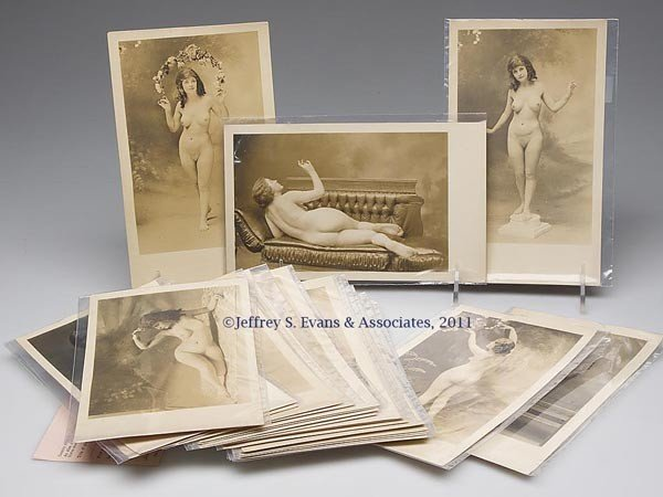 429: VINTAGE ARTISTIC NUDE PHOTOGRAPHS, RELATED GROUP O