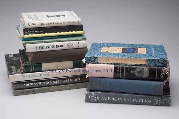7: ANTIQUE GLASS REFERENCE VOLUMES, LOT OF 16