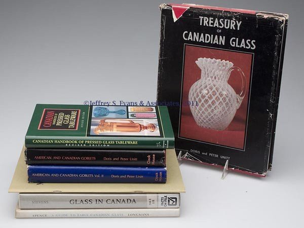 10: CANADIAN GLASS REFERENCE VOLUMES, LOT OF SEVEN