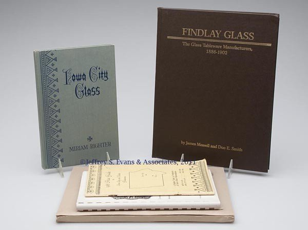 19: MIDWEST GLASS REFERENCE VOLUMES, LOT OF FIVE