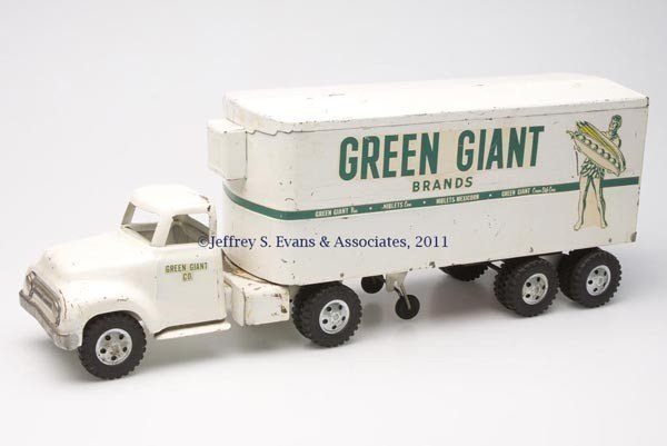 14: TONKA PRESSED STEEL GREEN GIANT TOY REEFER SEMI-TRU
