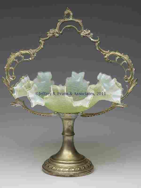 232: VICTORIAN OPALESCENT BRIDE'S BASKET