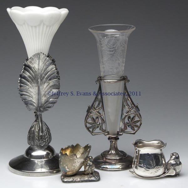 281: VICTORIAN SILVER-PLATE ARTICLES, LOT OF FOUR