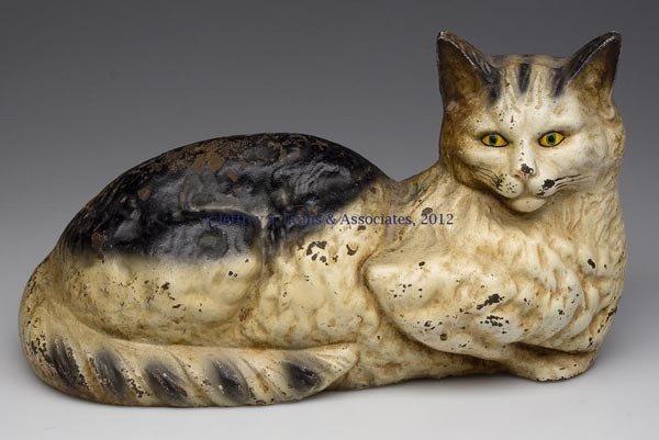 108: RECUMBENT LONG-HAIR CAT CAST-IRON DOORSTOP