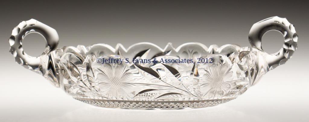 47: FRY CUT GLASS NAPPY