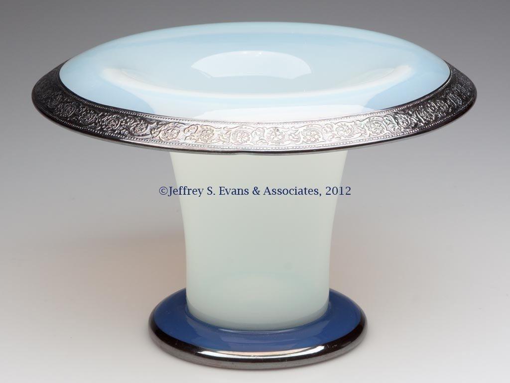 89: FRY ART GLASS #2502 SWEET PEA VASE