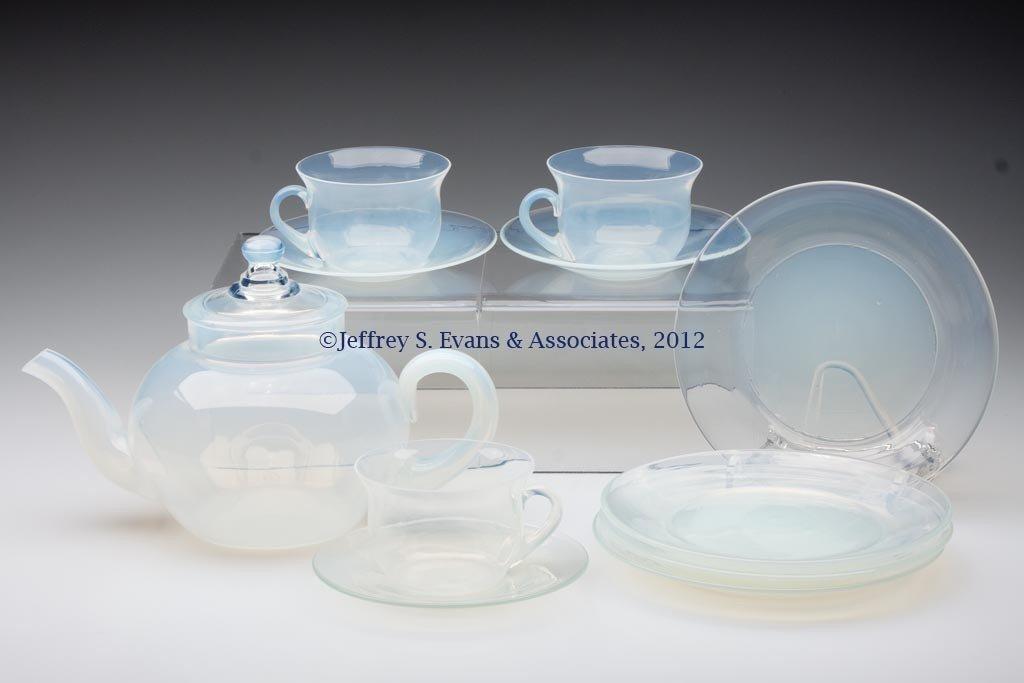 114: FRY ART GLASS ARTICLES, LOT OF 11