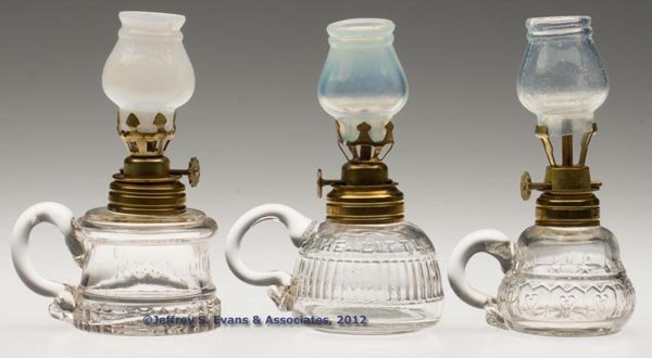 139: VARIOUS PATTERN MINIATURE FINGER LAMPS, LOT OF THR