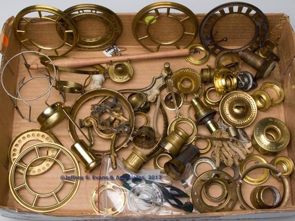 167: LAMP ACCESSORIES AND FITTINGS, UNCOUNTED LOT