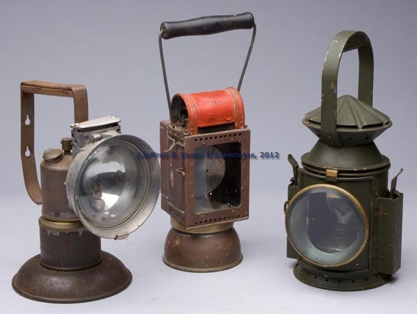 572: COPPER AND SHEET IRON RAILROAD LANTERNS, LOT OF TH