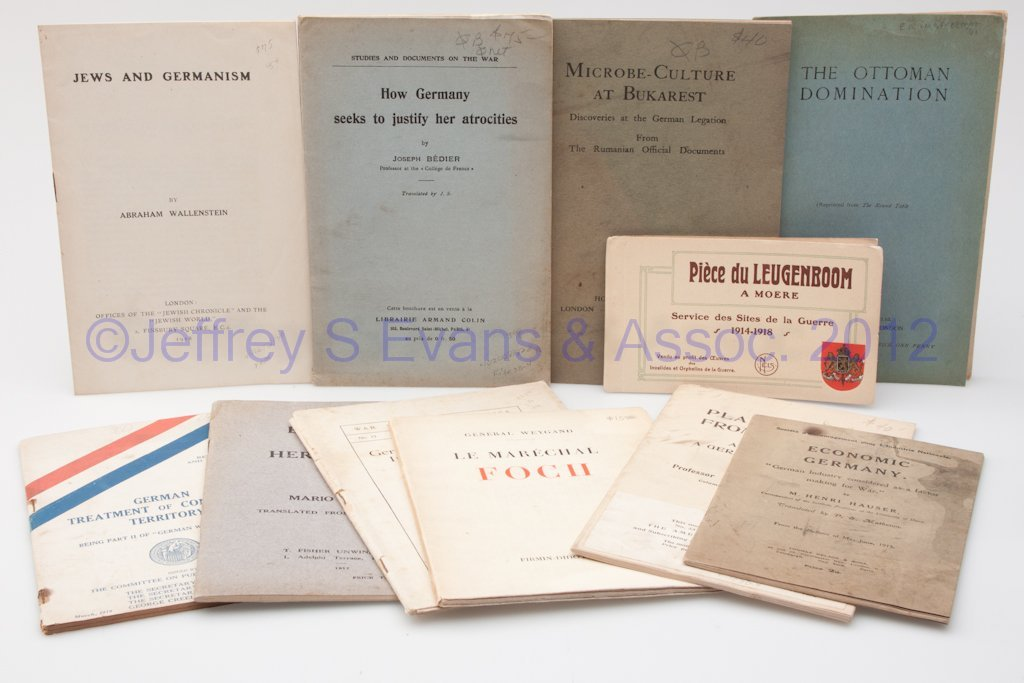 18: WORLD WAR I PAMPHLETS, LOT OF 11