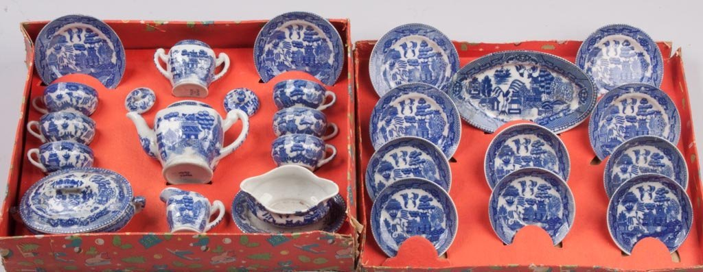 """JAPANESE """"BLUE WILLOW"""" CHINA TOY TEA SET, 24 PIECES"""