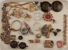 ASSORTED VINTAGE COSTUME JEWELRY 35 PIECES