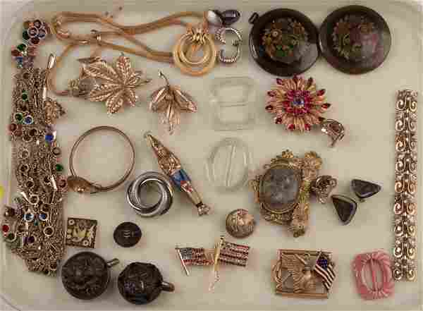 ASSORTED VINTAGE COSTUME JEWELRY, 35 PIECES