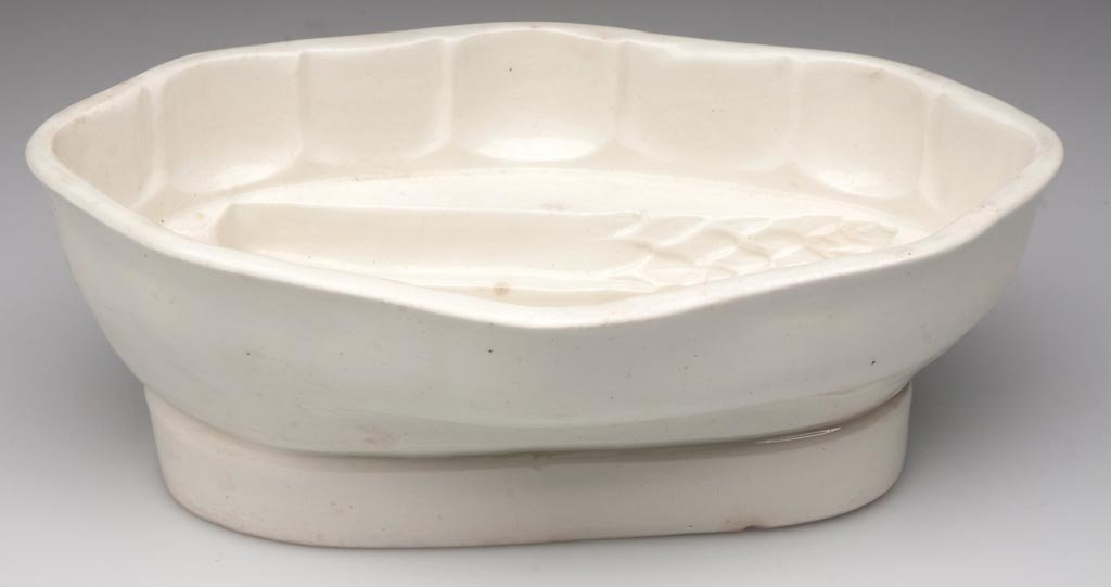 WEDGWOOD QUEEN'S WARE ASPARAGUS MOLD
