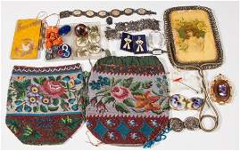 ASSORTED LADY'S ACCOUTREMENTS