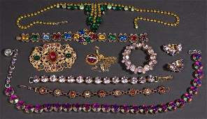 ASSORTED VINTAGE COSTUME JEWELRY LOT OF TEN PIECES