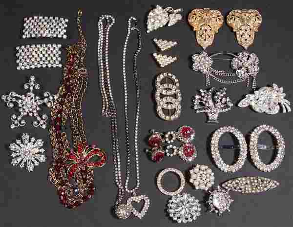 ASSORTED VINTAGE COSTUME JEWELRY, LOT OF 25 PIECES