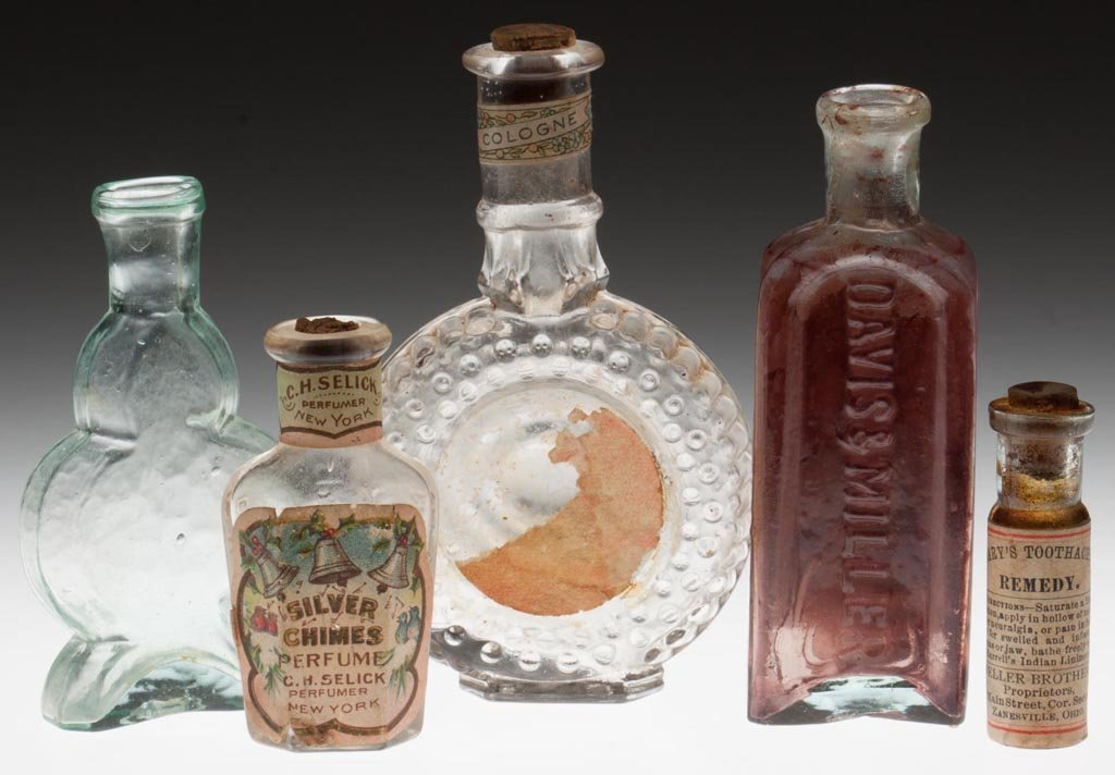 ASSORTED COMMERCIAL BOTTLES, LOT OF FIVE