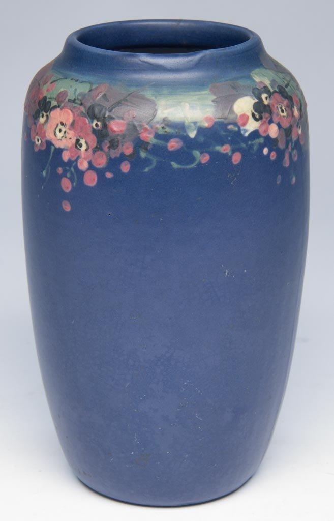 AMERICAN ART POTTERY WELLER POTTERY (1872-1948) BLUE-GL
