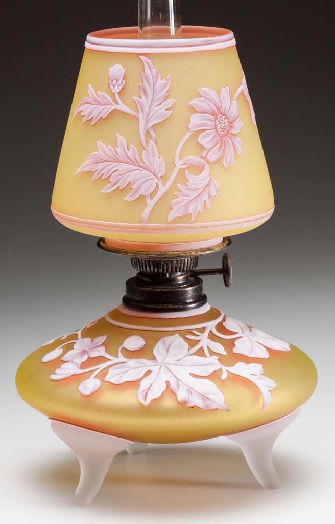ENGLISH CAMEO MINIATURE LAMP