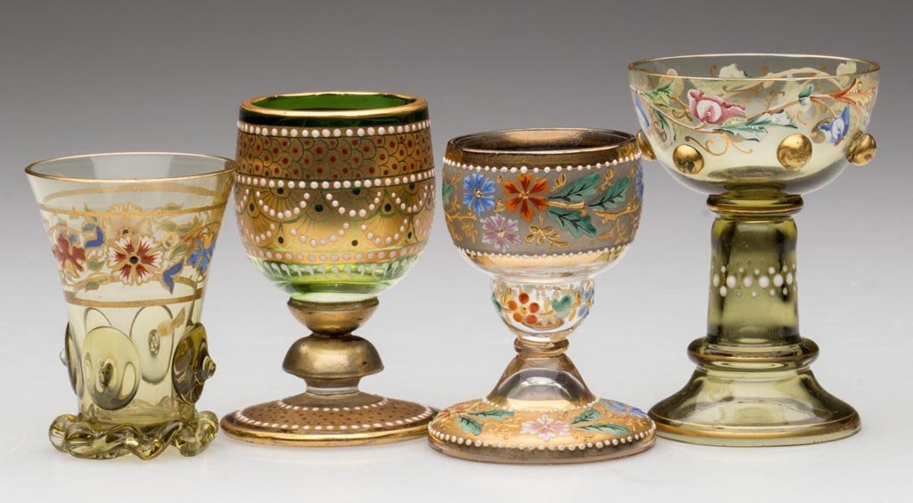 BOHEMIAN MOSER-STYLE DECORATED DRINKING VESSELS, LOT OF