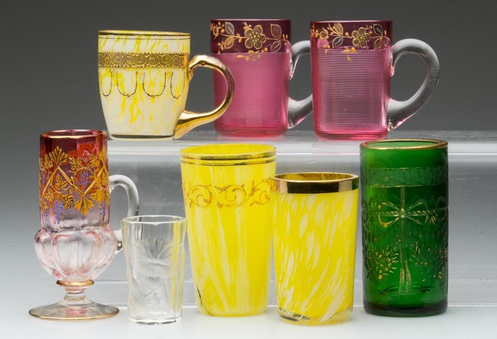 MOSER-TYPE AND OTHER DECORATED LIQUOR GLASSES, LOT OF