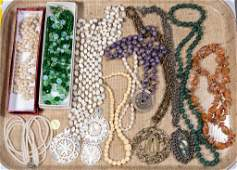 ASSORTED VINTAGE COSTUME JEWELRY, LOT OF 13 PIECES