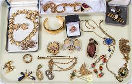 ASSORTED VINTAGE COSTUME JEWELRY LOT OF 26 PIECES