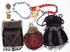 ASSORTED LADY'S ACCOUTREMENTS, LOT OF EIGHT