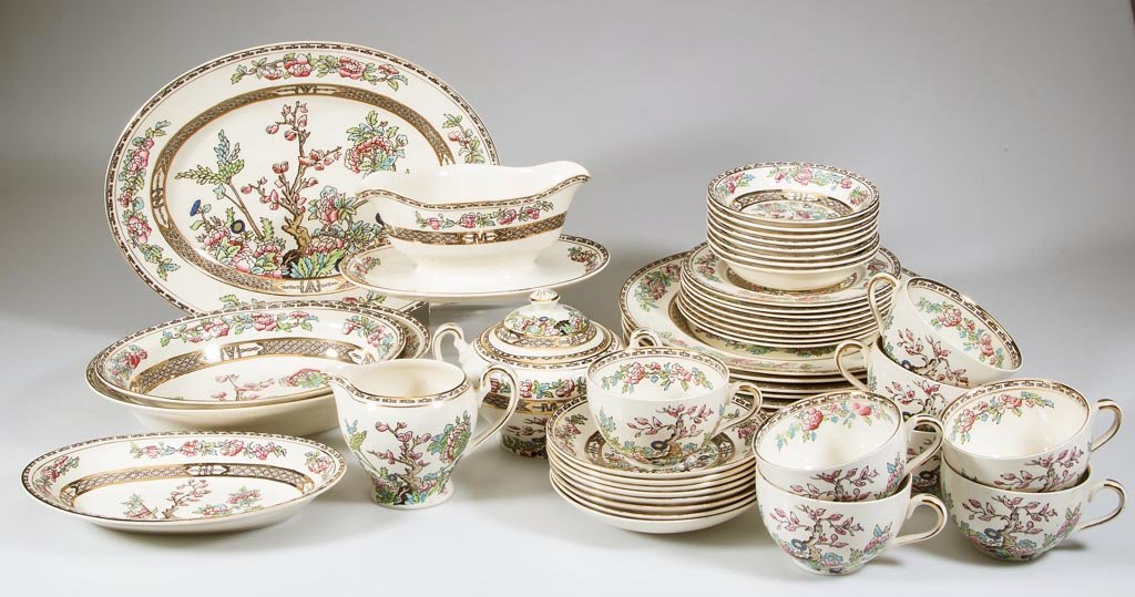 """ALFRED MEAKIN """"BENGAL TREE"""" DINNER SERVICE"""