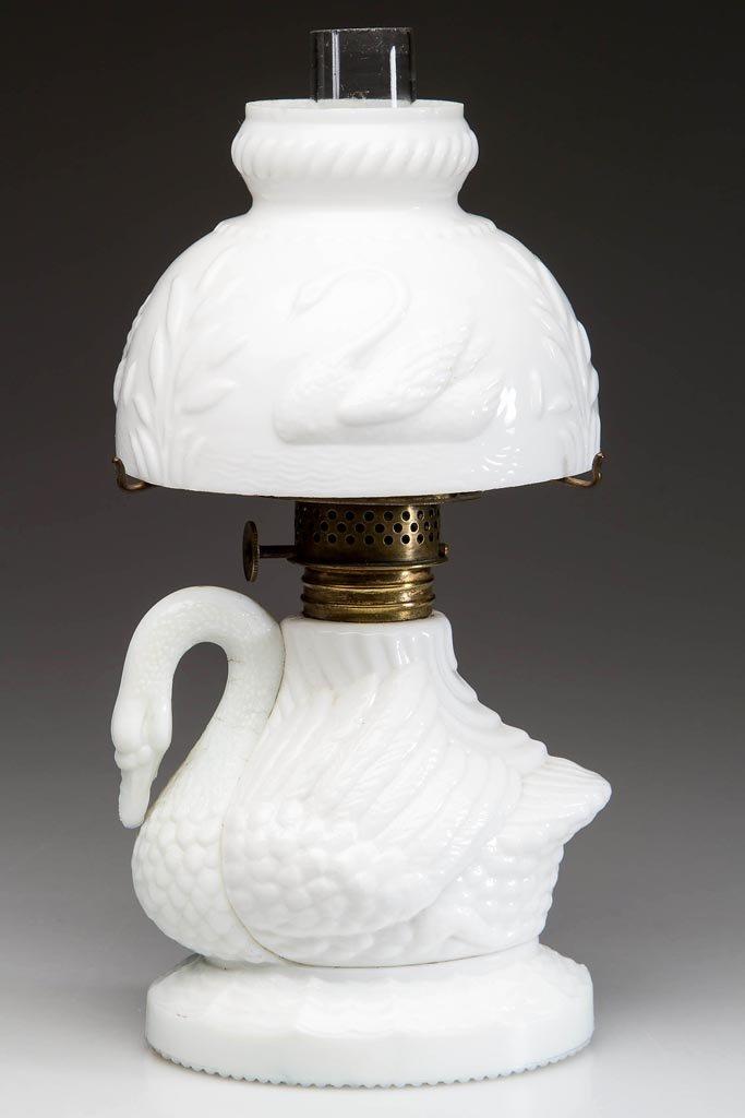 RARE FIGURAL SWAN MINIATURE LAMP
