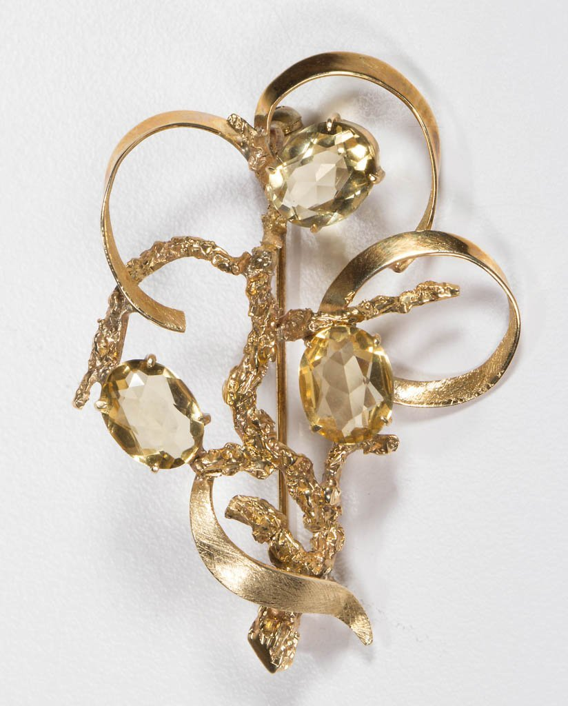 LADY'S 14K YELLOW GOLD BROOCH