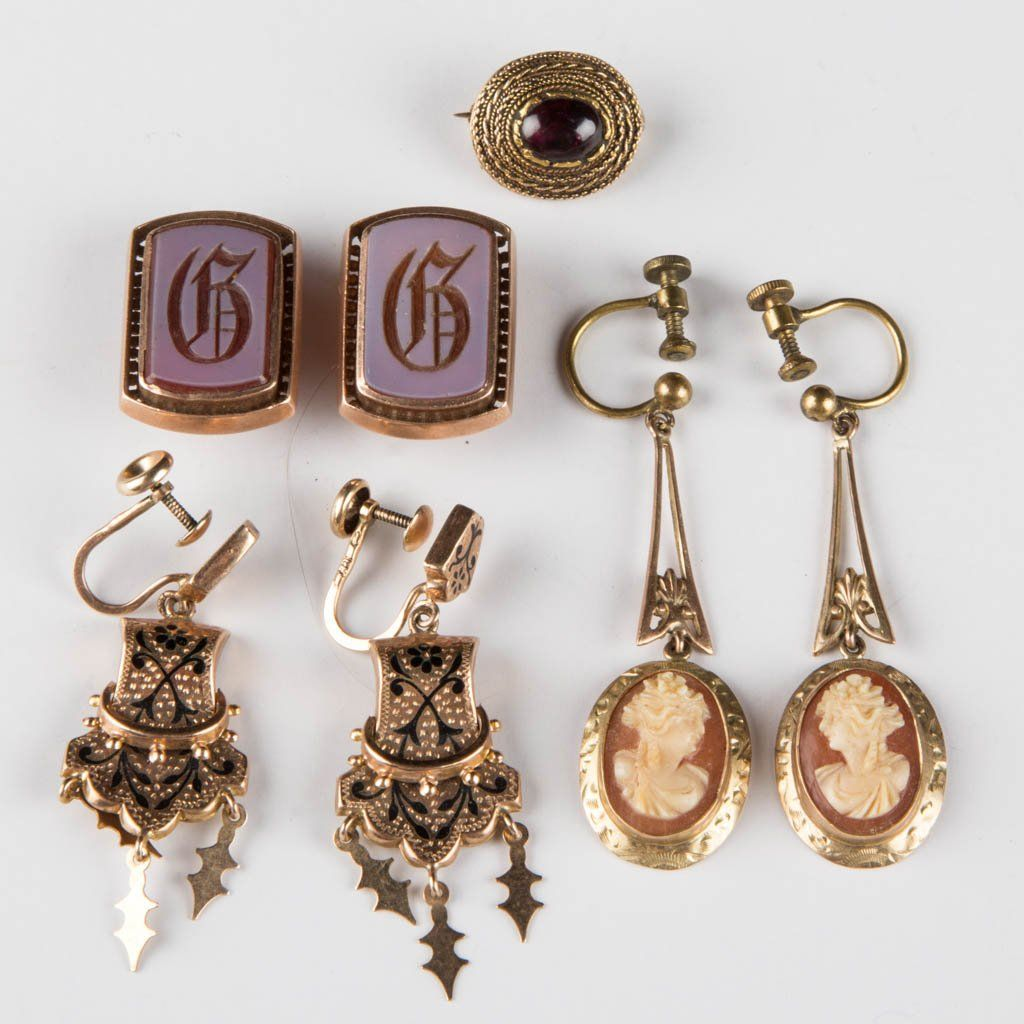 VICTORIAN GOLD JEWELRY, LOT OF SEVEN PIECES
