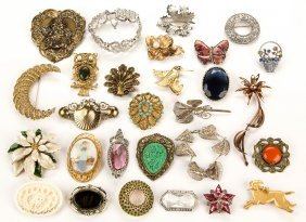 Assorted Vintage Costume Jewelry, Lot Of 28 Pieces