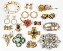 ASSORTED VINTAGE COSTUME JEWELRY, LOT OF 22 PIECES