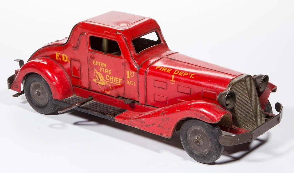 MARX SIREN FIRE CHIEF PRESSED-STEEL WIND-UP AUTO TOY