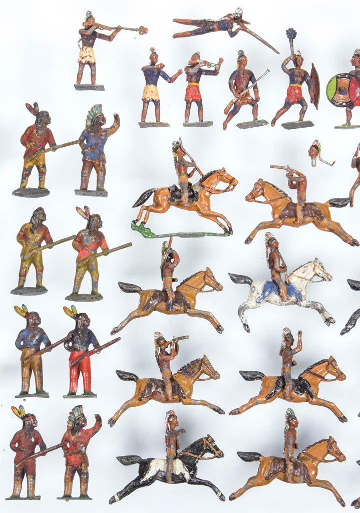 CAST-LEAD NATIVE AMERICAN TOY SOLDIERS - 2