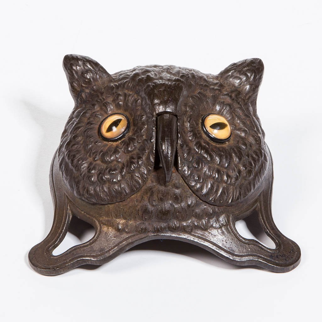 FIGURAL OWL HEAD CAST-IRON SERVICE BELL