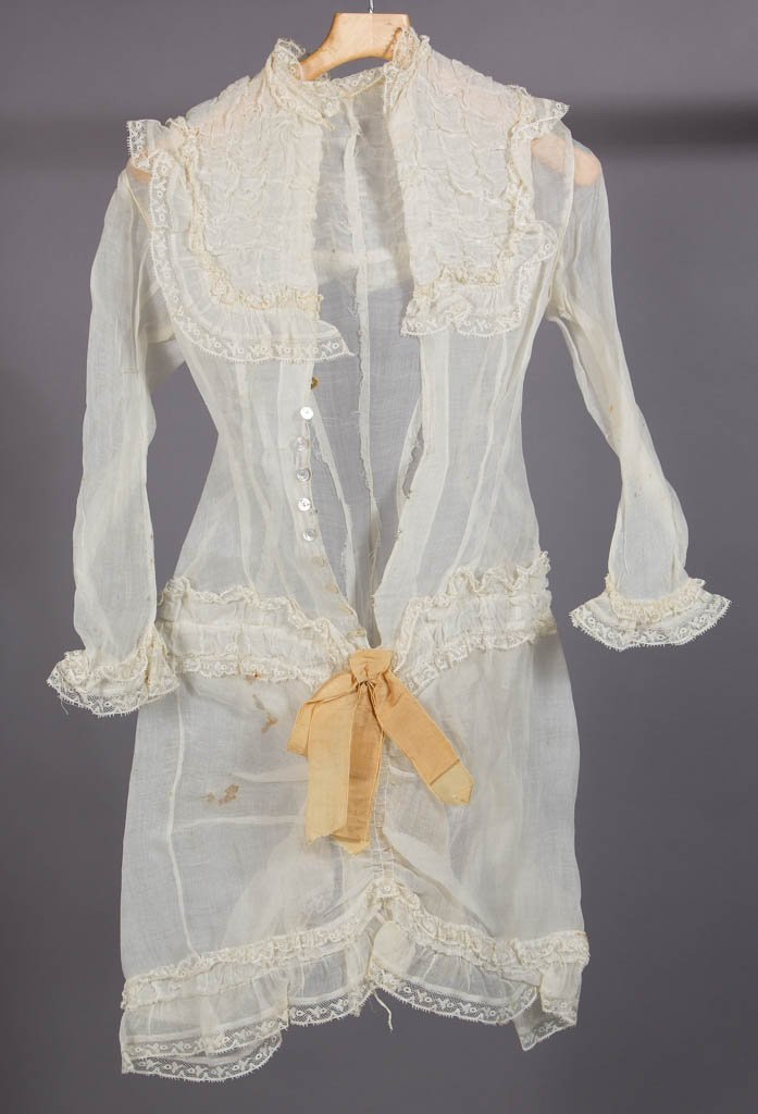 VICTORIAN LADY'S SUMMER DRESS